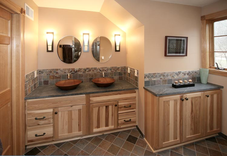 Hartland Master Bathroom. Innovative Trends   MCS   Millard Construction Services MCS